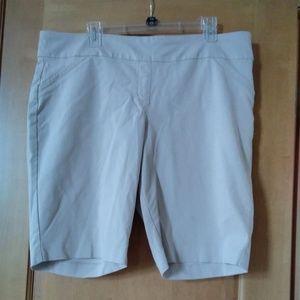 Dana Buchman Bermuda Shorts